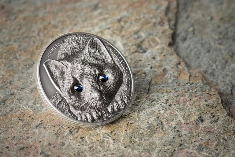 SABLE - WILDLIFE PROTECTION - 2017 500 Togrog 1 oz Pure Silver Coin with SWAROVSKI?? ELEMENTS - Coin Invest Trust